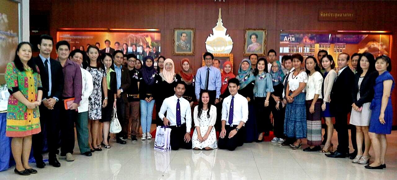 อาจารย์และนักศึกษาจาก Universiti of Brunei Darussalam (UBD) ประเทศบรูไน มาศึกษาดูงาน ณ คณะศิลปศาสตร์ มทร.พระนคร