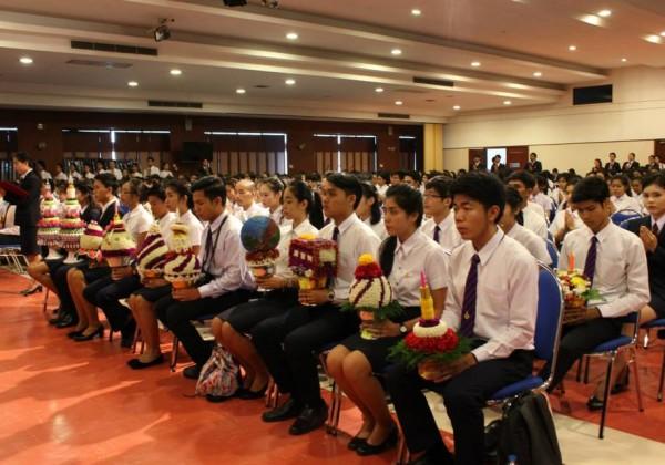 พิธีไหว้ครู ประจำปีการศึกษา 2558 -004