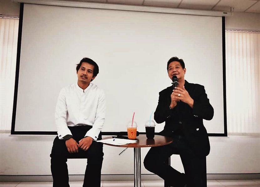 """วันที่ 17 ก.พ. 63 สาขาวิชาการท่องเที่ยว ในรายวิชางานมัคคุเทศก์และผู้นำเที่ยว ได้รับเกียรติจาก คุณรัชต วรุณสุขะศิริ เจ้าของบริษัทนำเที่ยว ให้โอกาสมาบรรยายเรื่อง """"Tour Leader"""""""