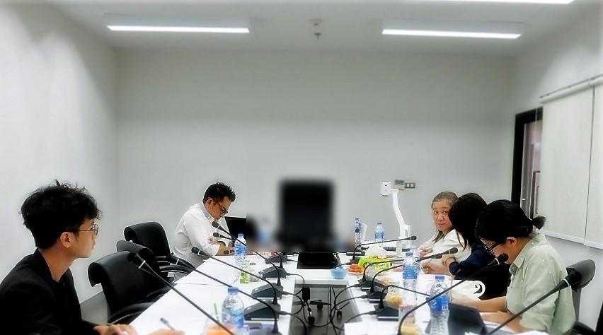 เมื่อวันที่ 25 มิถุนายน 2563 ผู้บริหารคณบดีคณะศิลปศาสตร์ ร่วมประชุมให้แนวทางพัฒนาหลักสูตรสาขาวิชาภาษาไทยประยุกต์