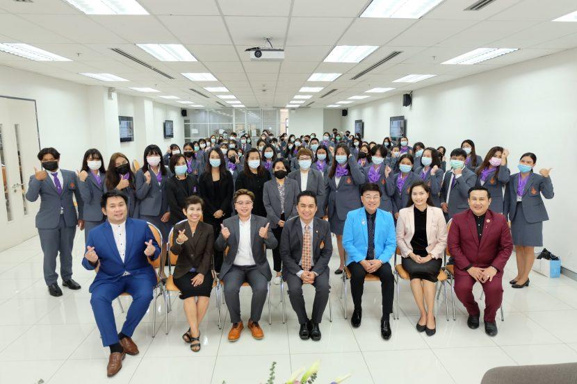 (วานนี้) วันที่ 16 มีนาคม 2564 ผู้ช่วยศาสตราจารย์ ดร.อำนาจ เอี่ยมสำอางค์ คณบดีคณะศิลปศาสตร์ (วังนางเลิ้ง) มหาวิทยาลัยเทคโนโลยีราชมงคลพระนคร เป็นประธานในพิธีเปิดการเสวนาโครงการแลกเปลี่ยนเรียนรู้สหกิจศึกษา ประจำปีการศึกษา 2563